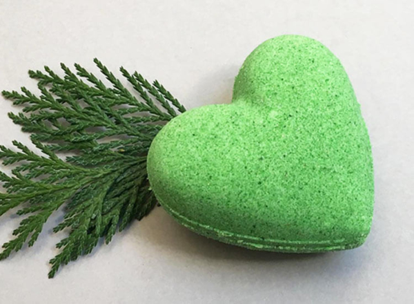 Cedarwood Bath Bomb Heart